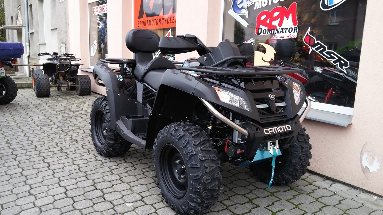 Gladiator X8 V-twin EFI black edition