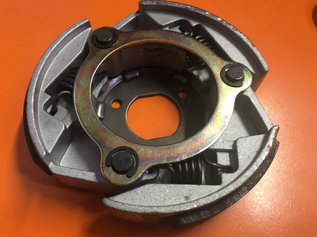 25. CLUTCH CARRIER ASSY 145mm ( spojka Linhai 260, 300)