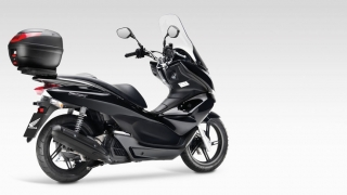 Honda PCX Box + držák PCX 125 Model 2019 box SH34
