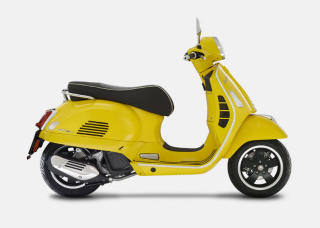 Vespa GTS Super 125 Giallo Estate E4 AKCE