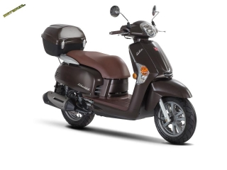 9 KYMCO Like 125 chocolate box + helma zdarma